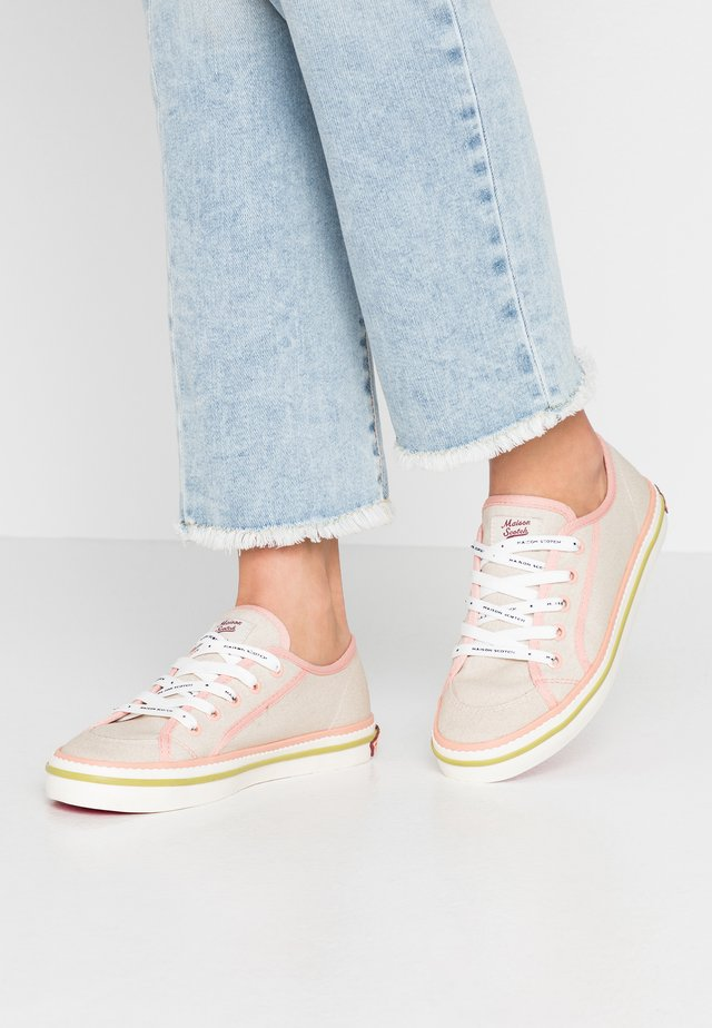 MELLI LACE SHOES - Sneakers laag - fog beige grey/coral