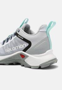 Salomon - SUPERCROSS ASPHALT UNISEX - Tenisky - arctic ice/white/turquoise - 6