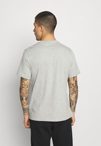 adidas Originals - ESSENTIAL TEE - T-shirt - bas - medium grey heather - 2