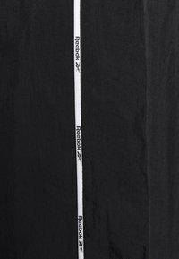 Reebok - PIPING TRACKSUIT - Tepláková souprava - black - 5