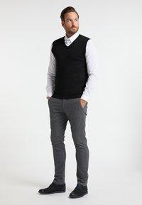 DreiMaster - Pullover - schwarz - 1