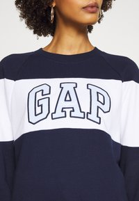 GAP - ORIGINAL CREW - Sweatshirt - navy uniform - 4