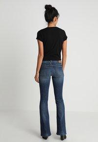 Diesel - D-EBBEY - Bootcut jeans - indigo - 2