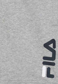 Fila - ROBERT KIDS - Pantalón corto de deporte - light grey melange - 2