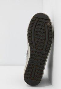 Gabor - Sneakers high - schwarz - 6