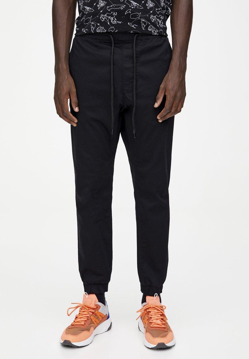 PULL&BEAR - Spodnie treningowe - mottled black