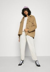 Nike Sportswear - Bluza - orewood - 1