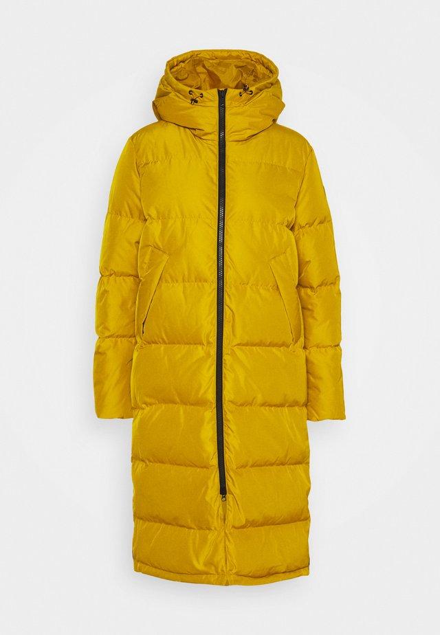 BIELLA COAT - Down coat - mustard