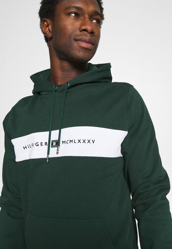 Tommy Hilfiger NEW LOGO HOODY - Bluza - hunter/ciemnozielony Odzież Męska IIXU