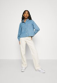 Levi's® - ZOEY PLEAT UTILITY - Skjortebluser - stay cool - 1
