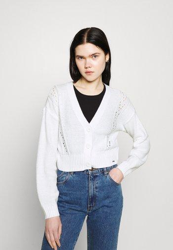 EASY POINTELLE CROP CARDI - Cardigan - white