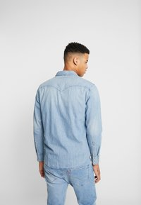 Levi's® - BARSTOW WESTERN STANDARD - Shirt - red cast stone - 2