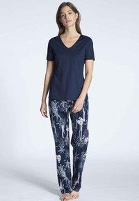 Calida - Pyjama top - dark blue - 3