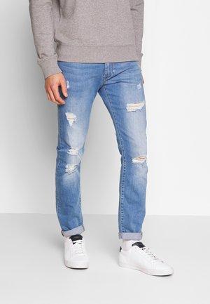LIAM - Slim fit -farkut - light blue