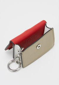 KARL LAGERFELD - SIGNATURE BAG KEYCHAIN - Porte-clefs - red - 2