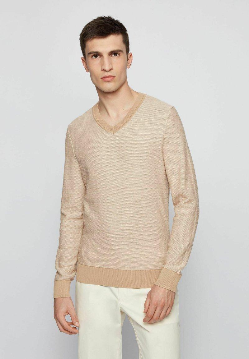 BOSS - KAMARSOS - Maglione - beige