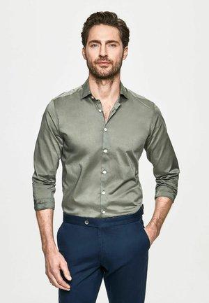 POPLIN - Shirt - sage