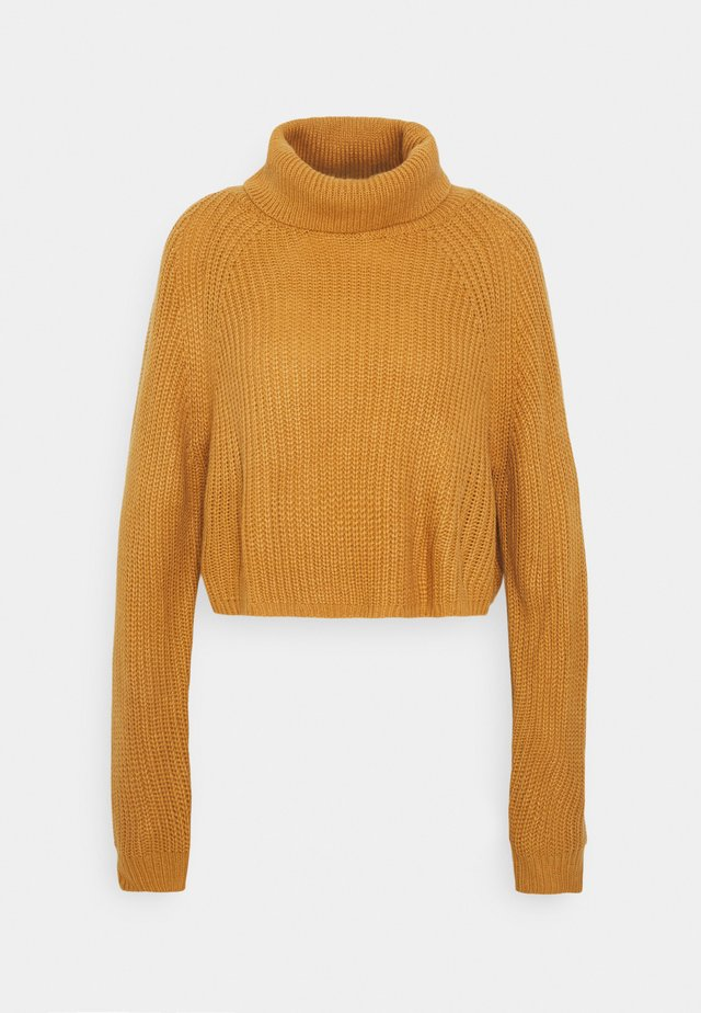 ROLL NECK BATWING CROP JUMPER - Pullover - camel