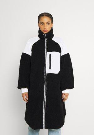 ELVIRA COAT - Winter coat - black/white