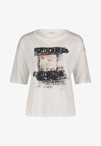 Cartoon - MIT PAILLETTEN - Print T-shirt - cream/silver - 3