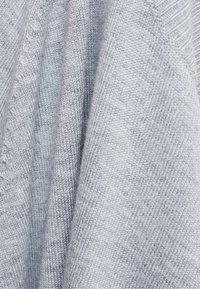 Bershka - Stickad tröja - grey - 5