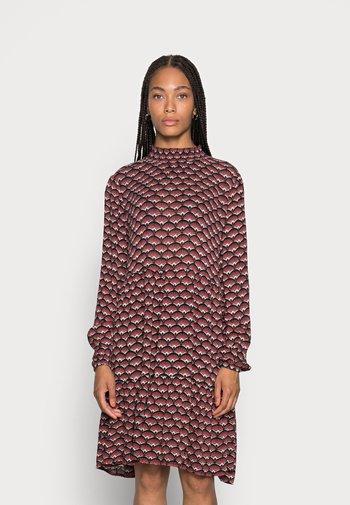 BELLEN AMBER DRESS - Vestito estivo - black/red/creme
