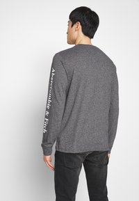 Abercrombie & Fitch - Long sleeved top - black - 2
