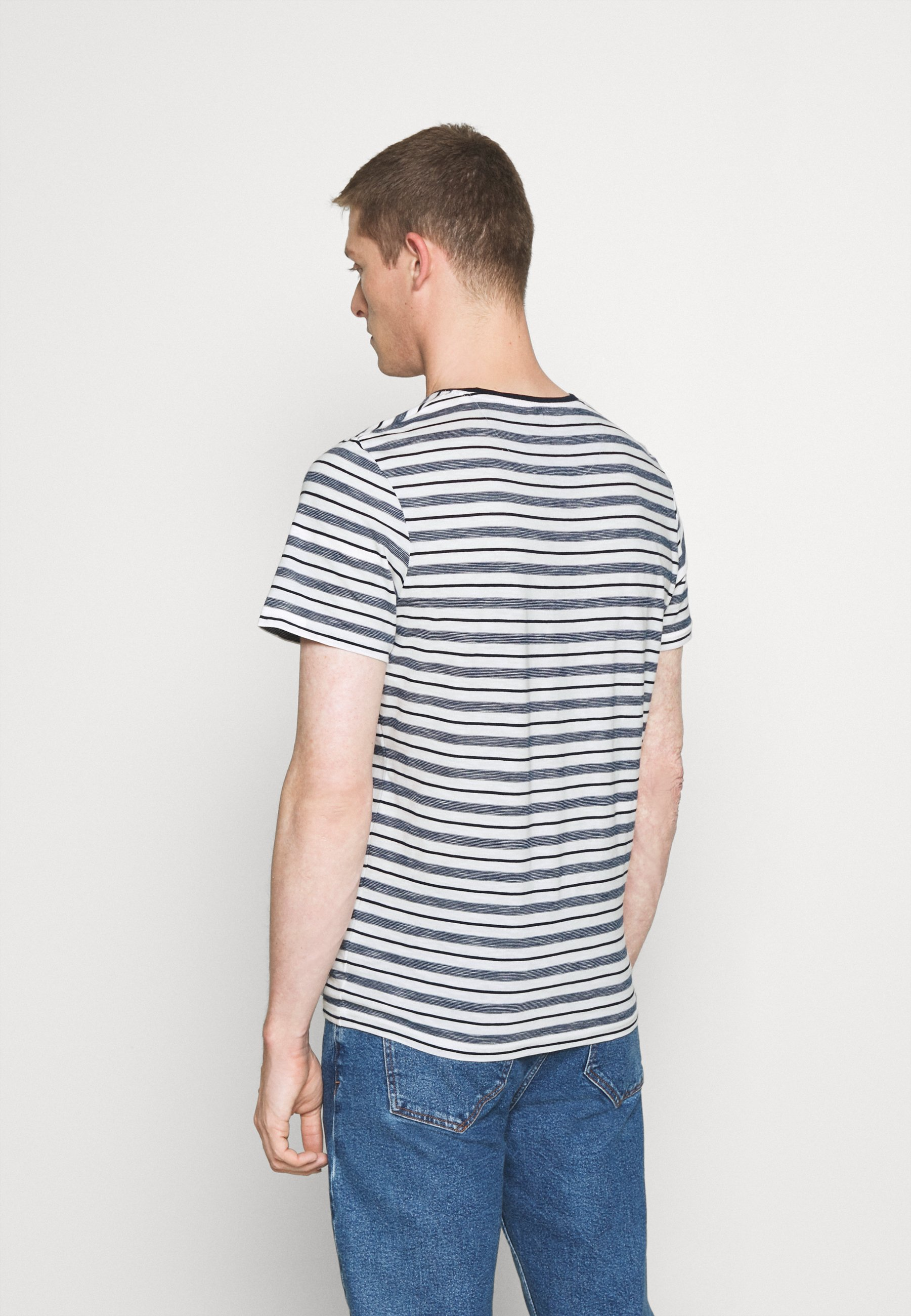 TOM TAILOR MULTI STRIPED - Print T-shirt - offwhite/navy aYUUL