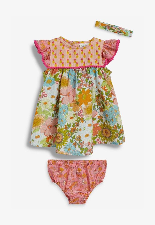 SET - Geboortegeschenk - multi coloured