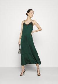 EDITED - SHANICE DRESS - Galajurk - grün - 1