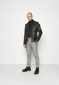 Only & Sons - ONSMARK PANT CHECK - Trousers - marina - 1