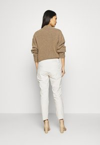 Opus - LETTY COLOR TAPE - Jeans Skinny Fit - beige - 2