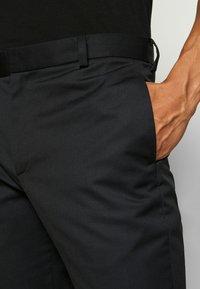 Wood Wood - TRISTAN TROUSERS - Pantalones - black - 3