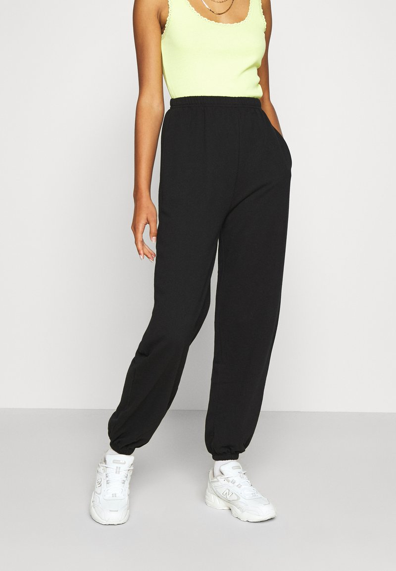Even&Odd - Loose fit tracksuit bottoms - Tracksuit bottoms - black