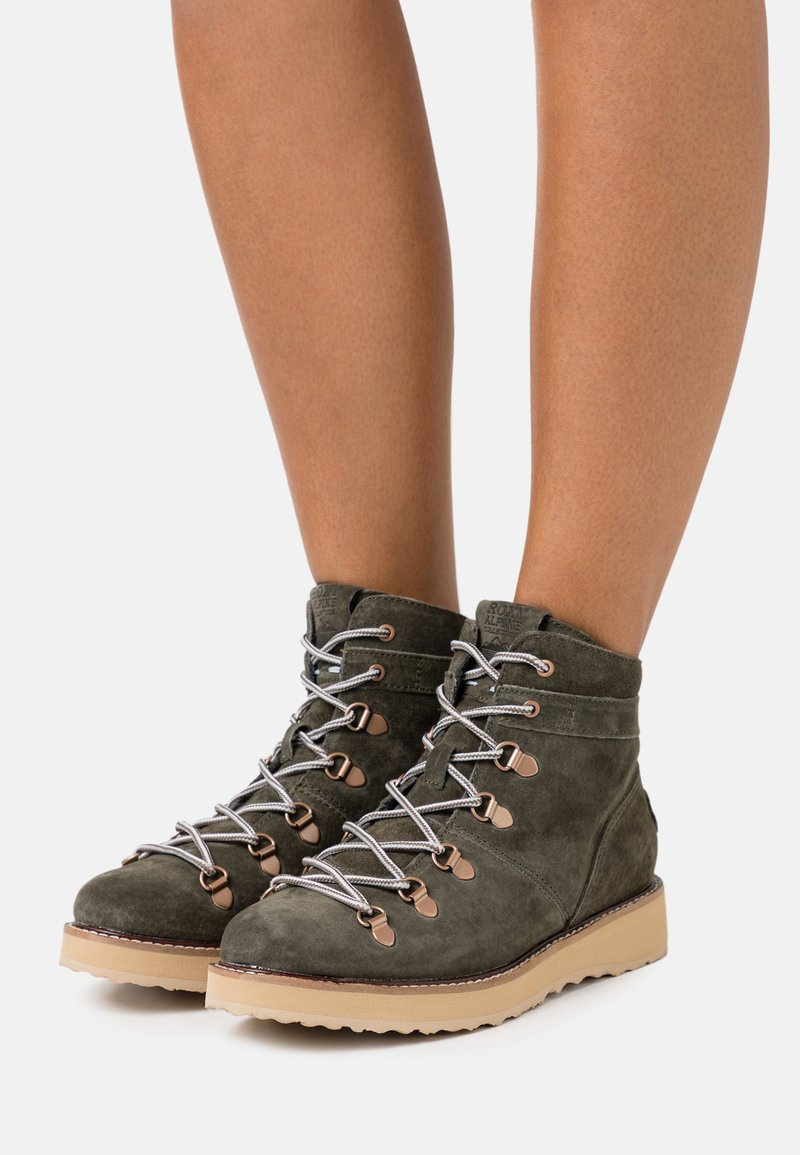 Roxy - SPENCIR - Lace-up ankle boots - olive