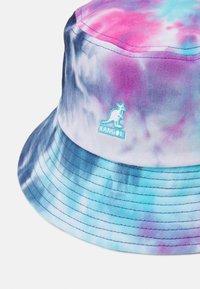 Kangol - TIE DYE BUCKET UNISEX - Kapelusz - blue/pink/white - 3