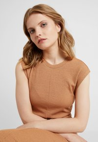 Soko - THREADERS - Ohrringe - gold-coloured/brown - 1