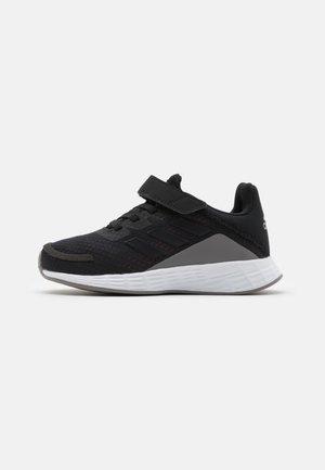 DURAMO UNISEX - Zapatillas de entrenamiento - black