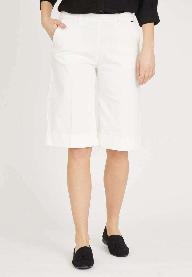 PHOEBE  - Shorts -  offwhite