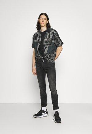 JERMANE 2 PACK - T-shirt basic - black/white
