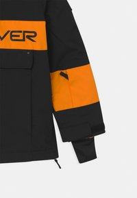 Quiksilver - STEEZE YOUTH UNISEX - Kurtka snowboardowa - true black - 2