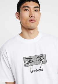 Edwin - SAD - T-shirts print - white - 3