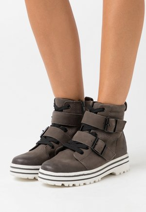 Platform ankle boots - graphite