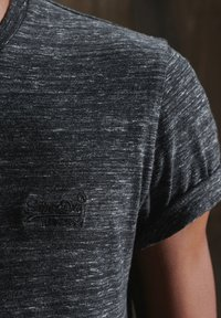 Superdry - OL VINTAGE EMB  - Basic T-shirt - winter black space dye - 1