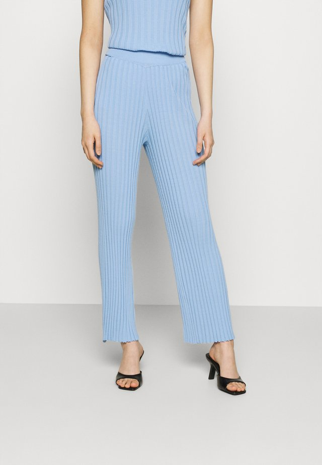 THE BEFORE DAWN PANT - Pantaloni - blue