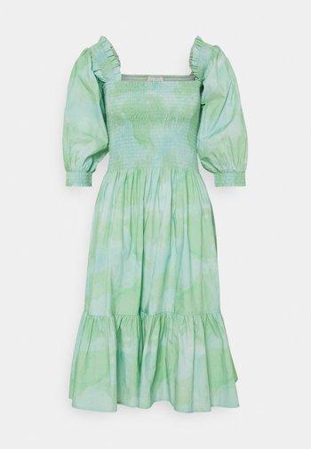 SIGNE - Day dress - quiet green