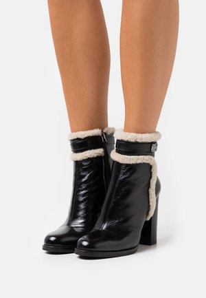 BECKY BOOT - Classic ankle boots - black