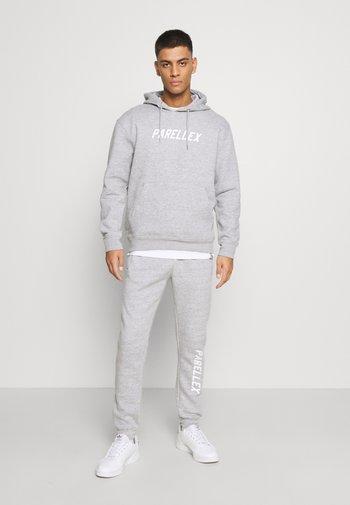LOUNGE HOOD LOUNGE TRACKSUIT SET - Sweatshirt - grey marl