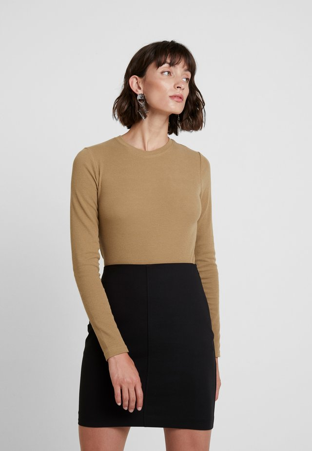 ALEXA - Long sleeved top - camel