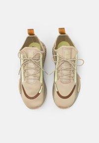 adidas Originals - NMD_R1 SPECTOO UNISEX - Trainers - savannah/fear grey/yellow - 3